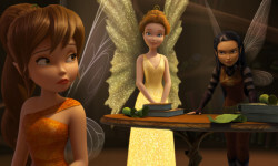 """TINKER BELL AND THE LEGEND OF THE NEVERBEAST"" Pictured (L-R): Fawn, Queen Clarion and Nyx. ©2014 Disney Enterprises, Inc. All Rights Reserved."