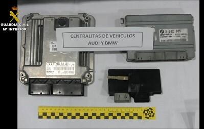 Centralitas electrónicas pertenecientes a los vehículos robados.