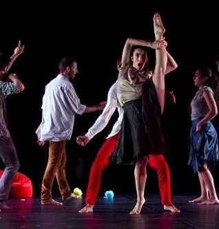 El espectáculo reúne cuatro coreografías diferentes.