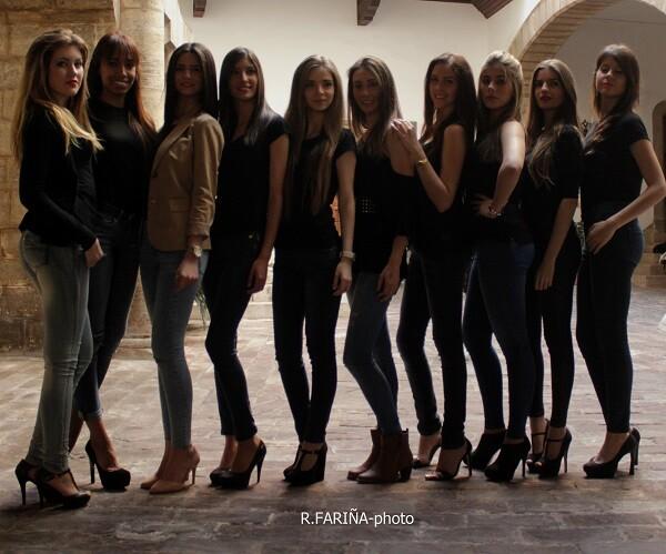 Elegantes e informales en la foto, estas chicas darán lo mejorde sí a cada pase de vestuario.