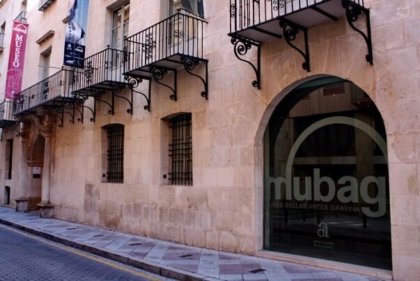 Fachada del MUBAG en Alicante.