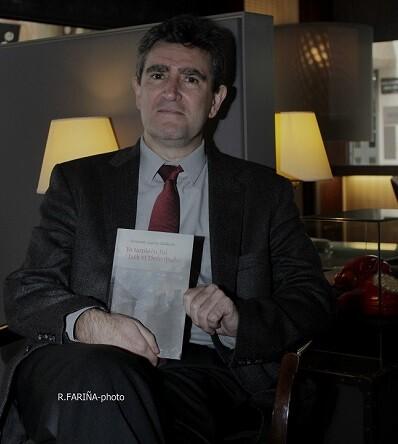 Fernando García Calderón pasó por Valencia para promocionar su nuevo trabajo laterario.
