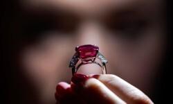 Fotos el rubí del amanecer que se vendió en u$s 30,3 millones (6)