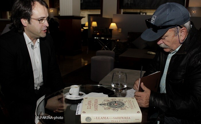 Francisco Ferrándiz y J.C.Morenilla durante un momento de la entrevista.