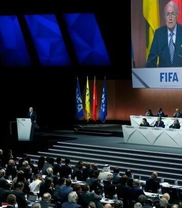 Joseph Blatter reelegido durante cuatro años más como presidente de la FIFA.