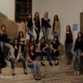 Jovenes y con un futuro prometedor, las modelos entusiasmadas el inicio de la Pasarela de las Artes.
