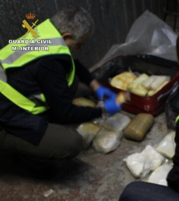 La Guardia Civil desmanteló un laboratorio de adulteración y distribución de metanfetaminacapaz de producir 200 kilos de droga.
