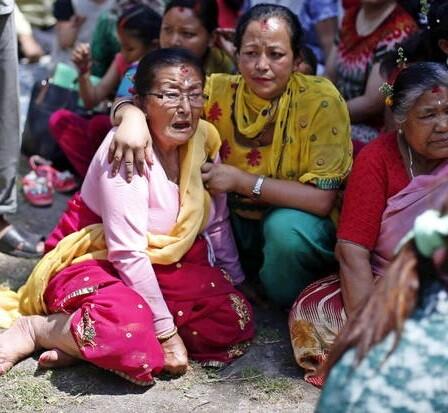 La gente huyó despavorida de sus casas y se produjeron escenas de pánico entre los pobladores.