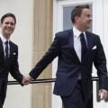 La pareja se casó un año después de que el Parlamento de esa nación aprobara una ley que autorizara el matrimonio gay.