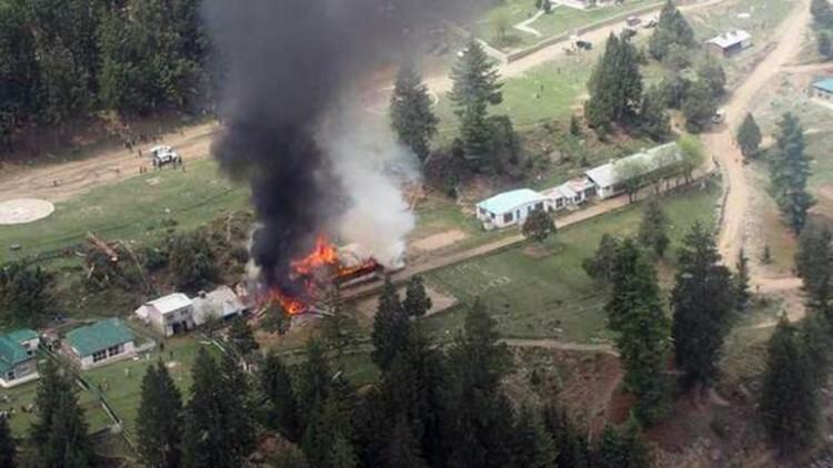 Restos del helicóptero MI-17 en el que perdieron la vida 6 personas.