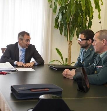 Reunión Diputación de Castellón y Guardia Civil. - copia