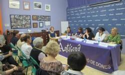 Reunión de València en Comú con Associació de Dones Antígona. - copia