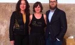 Andújar y Lleonart con la presidenta de la AVM3J, Beatriz Garrote