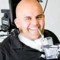 Un-brazo-robotico-permite-movimientos-mas-fluidos-en-paraplejicos_image_380