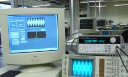 Un-software-transforma-un-laboratorio-basico-de-electronica-en-uno-de-telecomunicaciones_image_380