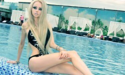 Valeria Lukyanova la Barbie humana (22)