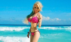 Valeria Lukyanova la Barbie humana (7)