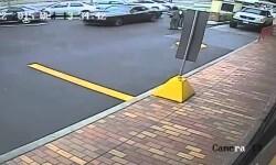 Escapan tras atropellar a una anciana