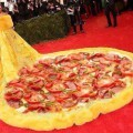 rihanna_amarilla Los mejores Memes del vestido amarillo de Rihanna (10)