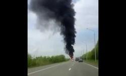 Testigos graban una impactante explosión en una carretera rusa