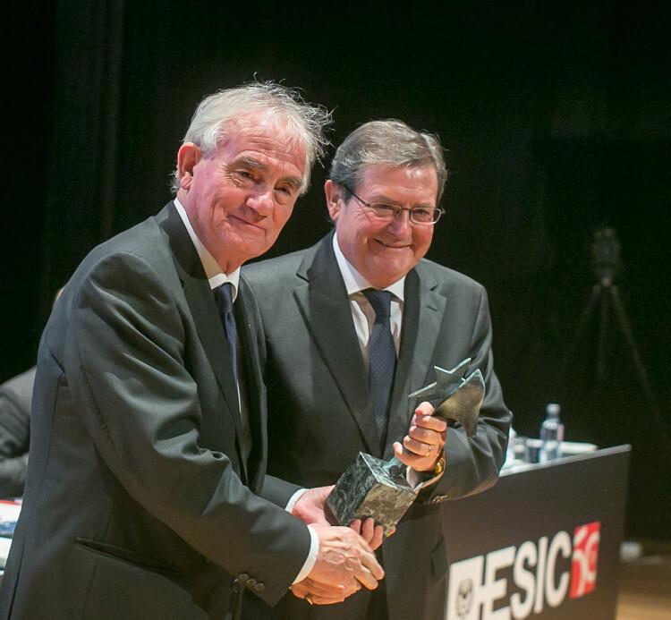 Federico Domenech, editora del diario Las Provincias, reconocida por su trayectoria centenaria