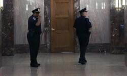 Desalojo del Senado tras una amenaza de bomba.