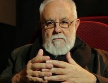 El director y guionista Gonzalo Suárez participa en el documental.