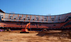 El estadio del Mestalla para la Monster Jam  (13)