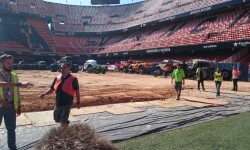 El estadio del Mestalla para la Monster Jam  (2)