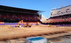 El estadio del Mestalla para la Monster Jam  (7)