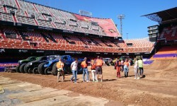 El estadio del Mestalla para la Monster Jam  (9)