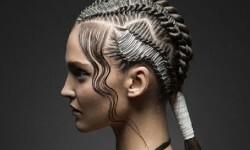 El look 'Calp Metal' es una creación de la diseñadora valenciana Amparo Carratalá Almerich.