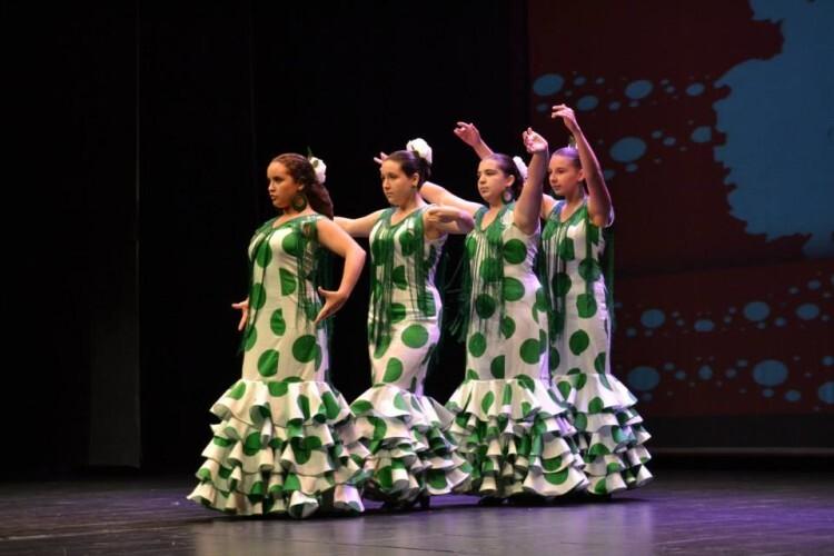FECACV2015. X FESTIVAL CUADROS INFANTILES EN LA CV. Cuadro de Baile de la Asociacion de Requena Amigos de Andalucía
