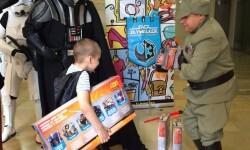 Fundación Pequeño Deseo vuelve a cumplir la ilusión de los niños en la III Feria Solidaria (2)