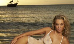 Hannah Ferguson topless (8)