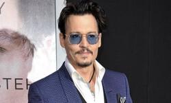 Johnny-Depp-promover-1984963