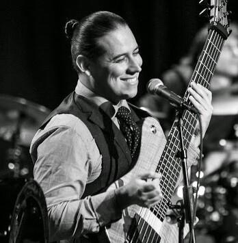 Juan García-Herreros durante uno de sus conciertos.
