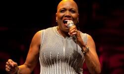 La cantante Dee Dee Bridgewater.