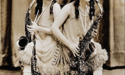 La increíble historia de las verdaderas hermanas siamesas Daisy y Violet Hilton (5)