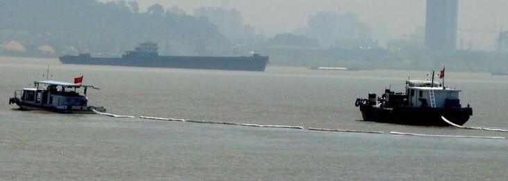 Muchas embarcaciones acudierona la zona del naufragio.