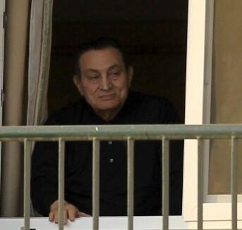 Ordenan un nuevo juicio contra el expresidente Mubarak