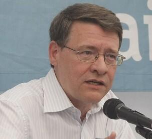 Rafael Bengoa es todo un experto en salud pública.
