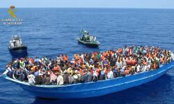 Rescatan a 589 inmigrantes en aguas italianas al sur de la isla de Lampedusa  2015-06-08_Rescate_inmigrantes_Rio_Segura_02 (9)