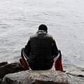 Un emigrante a la espera de abrir las fronteras.