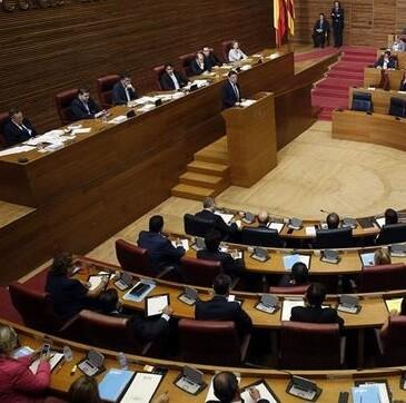 Ximo Puig irá a los tribunales si no consigue de forma negociada una nueva financiación para Valencia.