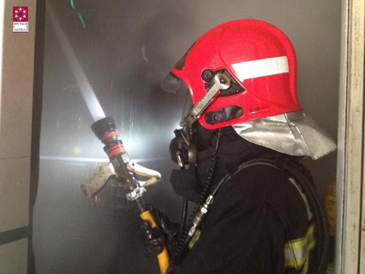 betxi bombero agua