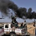 la rama libia del EI se extiende desde el este en dirección de la capital.
