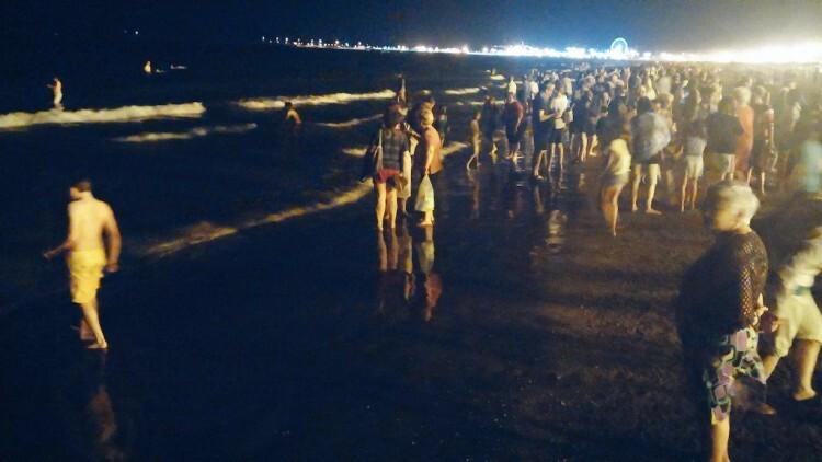 La noche más corta del año se cobró su víctima en una playa que, por lo demás, vivió sin incidencias de relevancia la fiesta de San Juan. Foto: Policía Local de Valencia