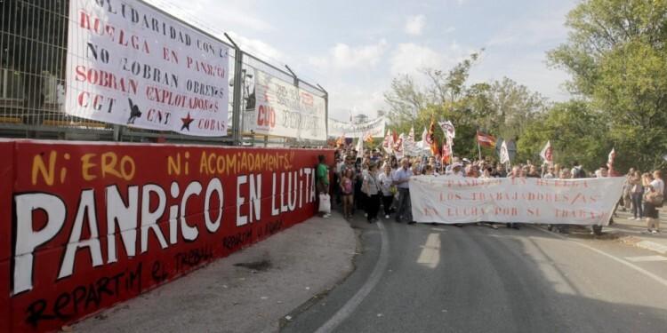Afiliados de CCOO PV, en una concentración de protesta. Foto de archivo