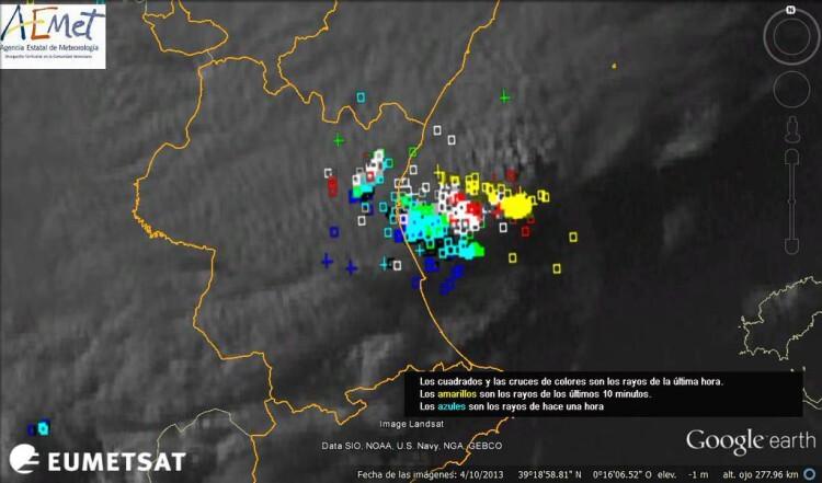 Imagen del EumetSat a las 20:32 horas: La acumulación mayor de rayos ya está en el mar. Lo peor d ela tormenta pasa. Foto: AEMET